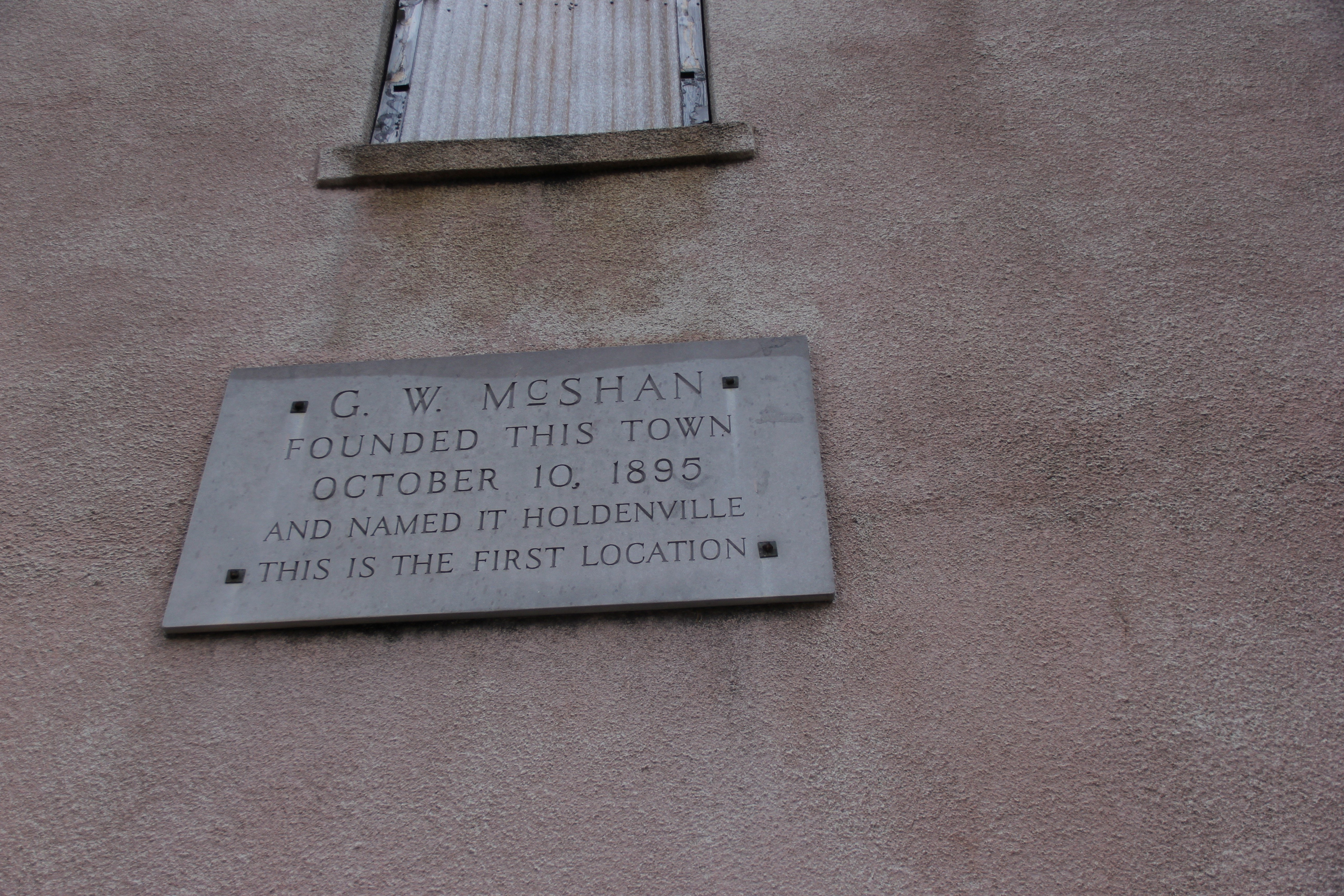A plaque on Brownie's building declaring it the oldest building in town.