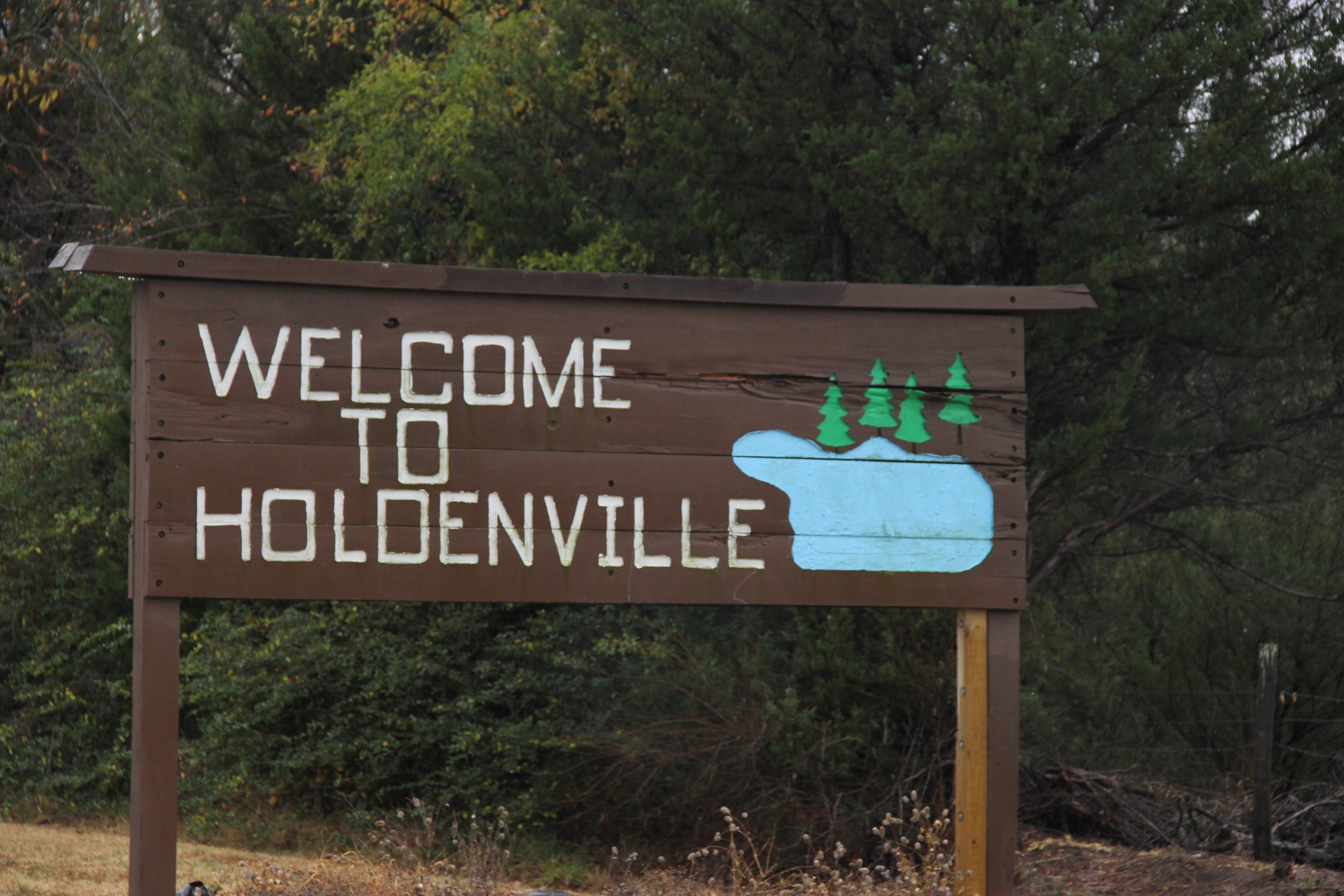 The welcome to Holdenville sign off of Oklahoma state Highway 48